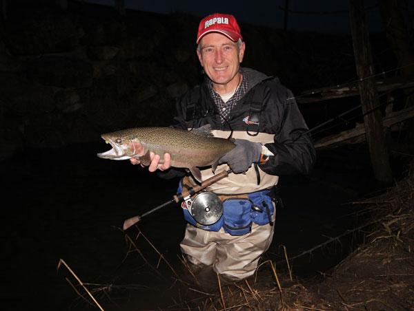 Yes, it was already daylight, but you would not know it from this picture.  It was raining steadily and looked pretty gloomy...perfect steelhead weather!