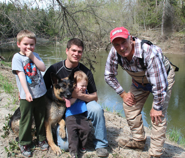 Sunday was a nice warm day and it was ideal for Darryl to bring his boys out and his dog to enjoy some fishing on the river.