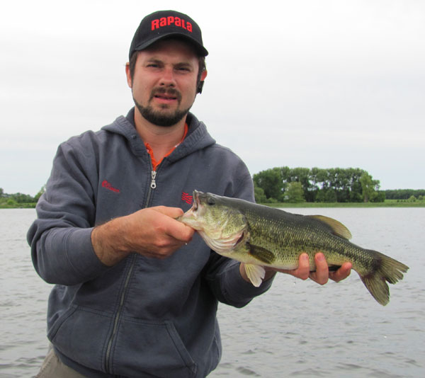 oliver_largemouth