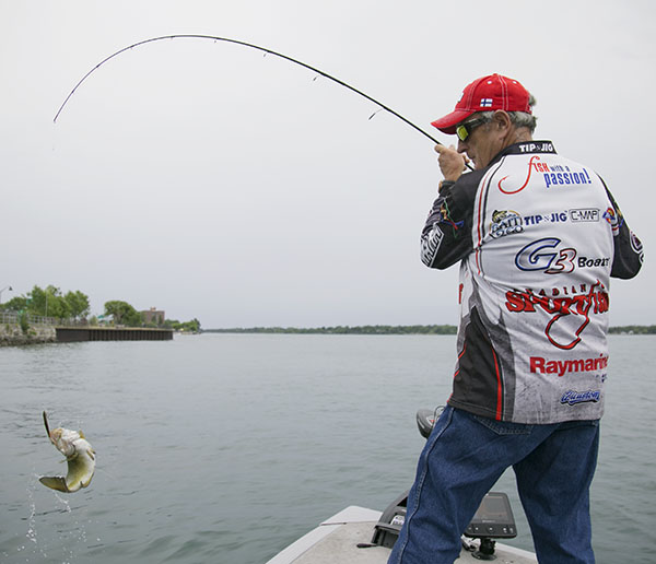 Sat ,June 1,10:30am YES-TV, Bass  | Canadian Sportfishing
